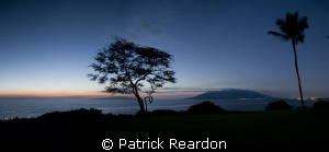 Sunset panorama of Lanai and West Maui as seen from Waile... by Patrick Reardon 
